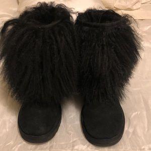 Ugg boots with mongolian fur